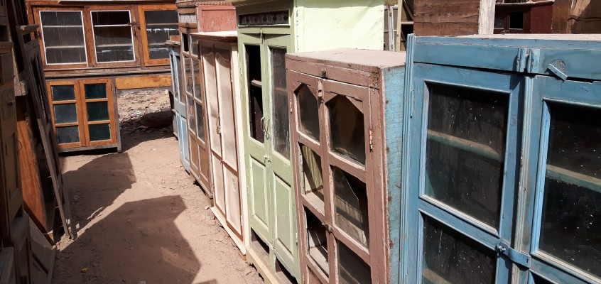 Buying Vintage Furniture & Antique Interiors: Scaramanga's Latest Trip
