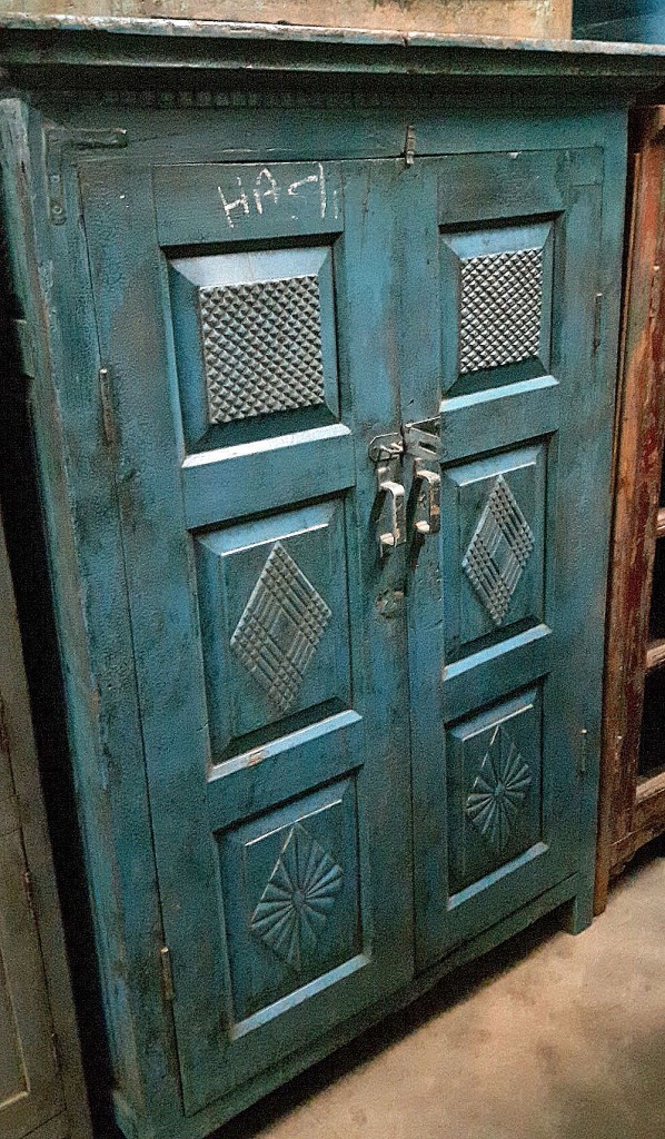 Remember this armoire? I lovely blue deco piece bought by popular demand.