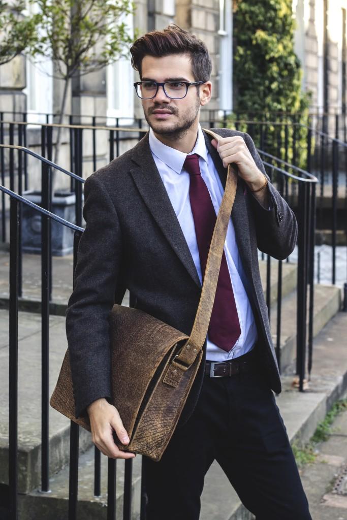 Brown leather messenger bag by scaramanga