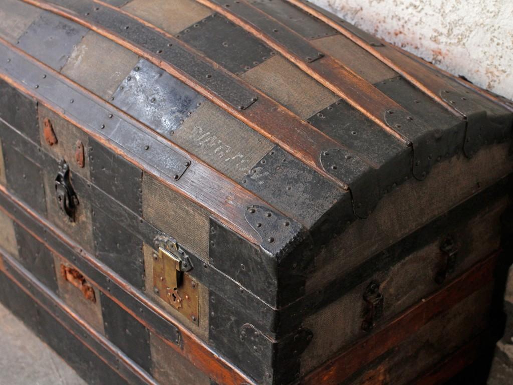 antique storage trunk