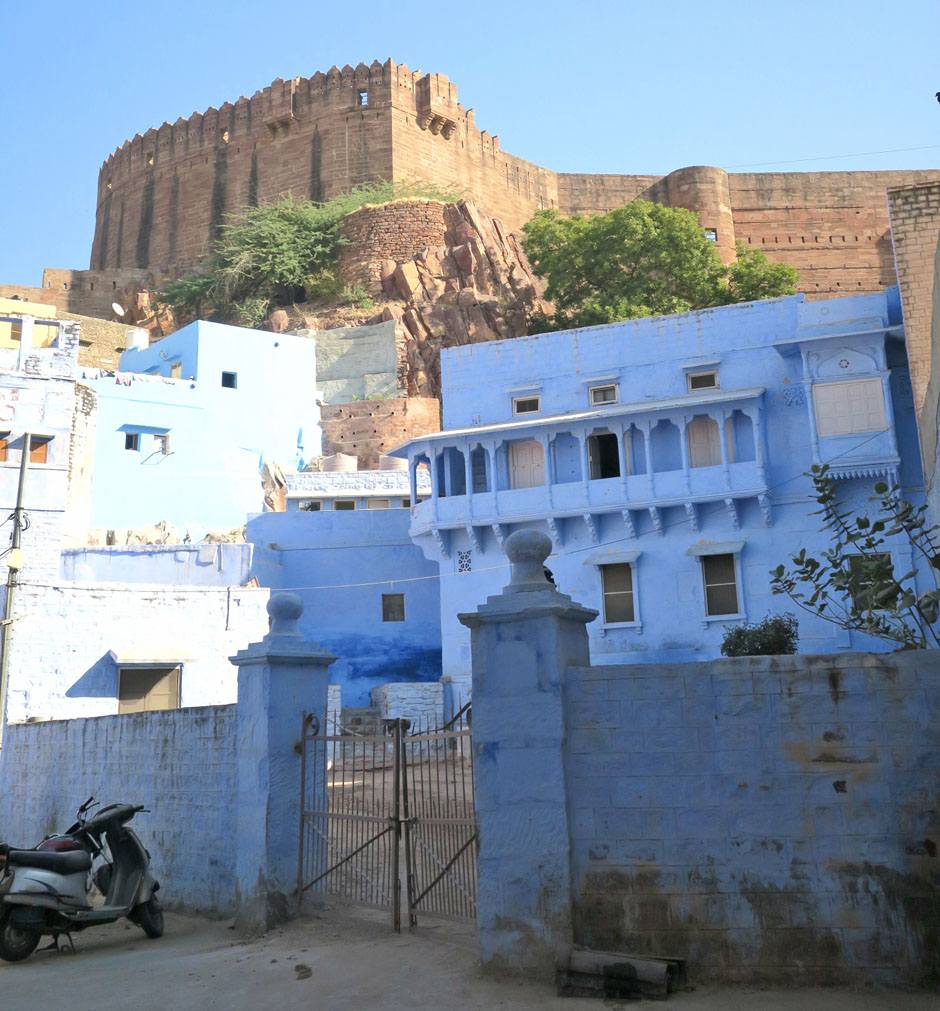 Jodhpur also known as the blue city. Get lost in the winding streets and lanes below the fort