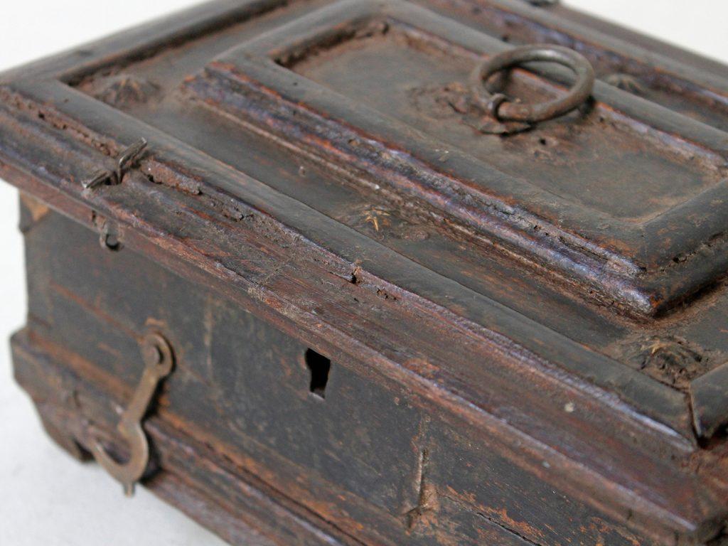 wooden jewellery box - treasure chest