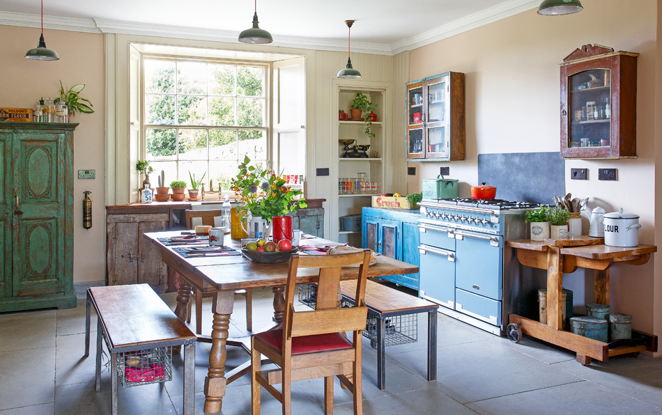 vintage kitchen - mixed materials and eclectic