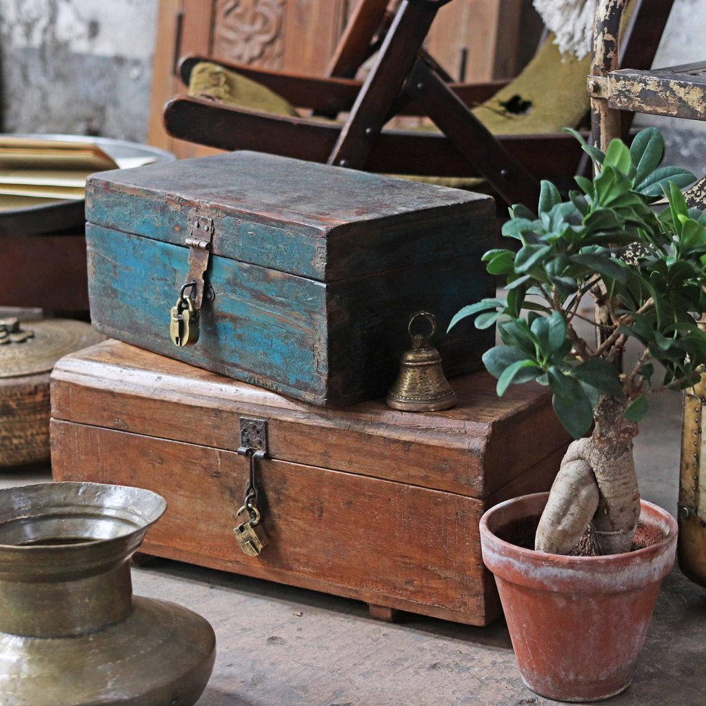 Vintage Furniture Scaramanga