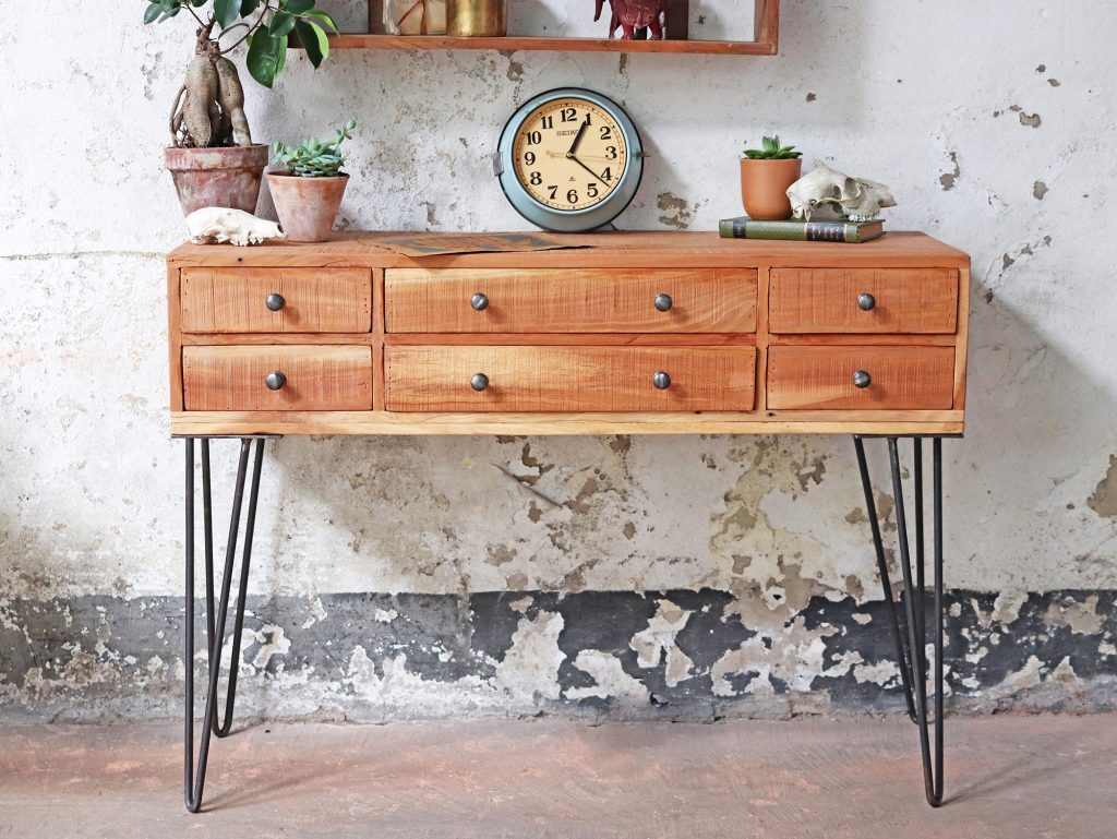 Console Table Scaramanga