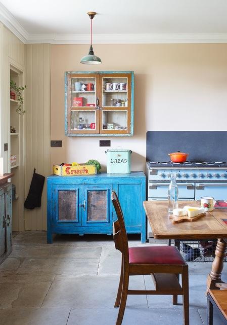 ecelectic vintage interior design
