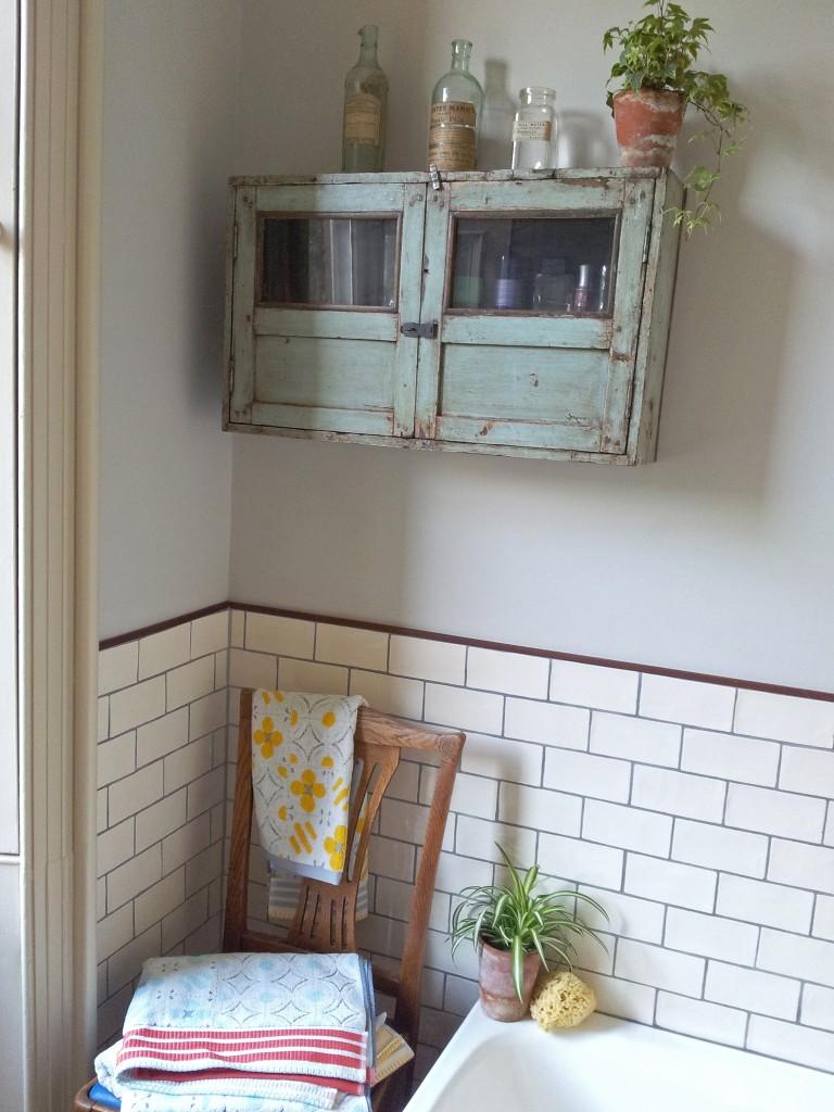 scaramanga-bathroom-03