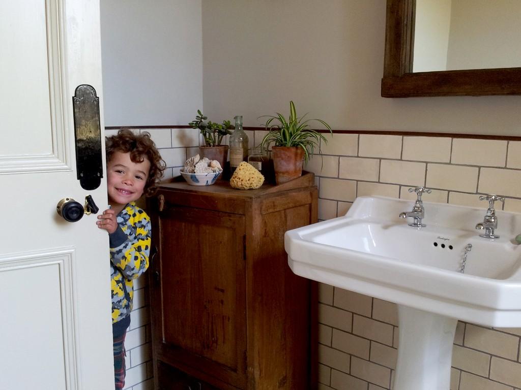 scaramanga-bathroom-08