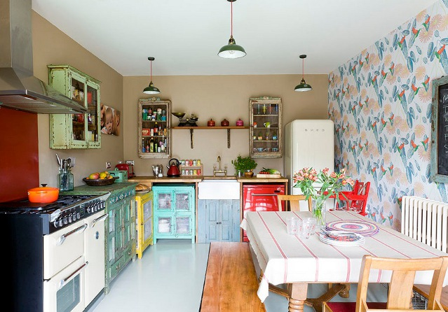 Vintage Home Makeover - The Kitchen » Scaramanga