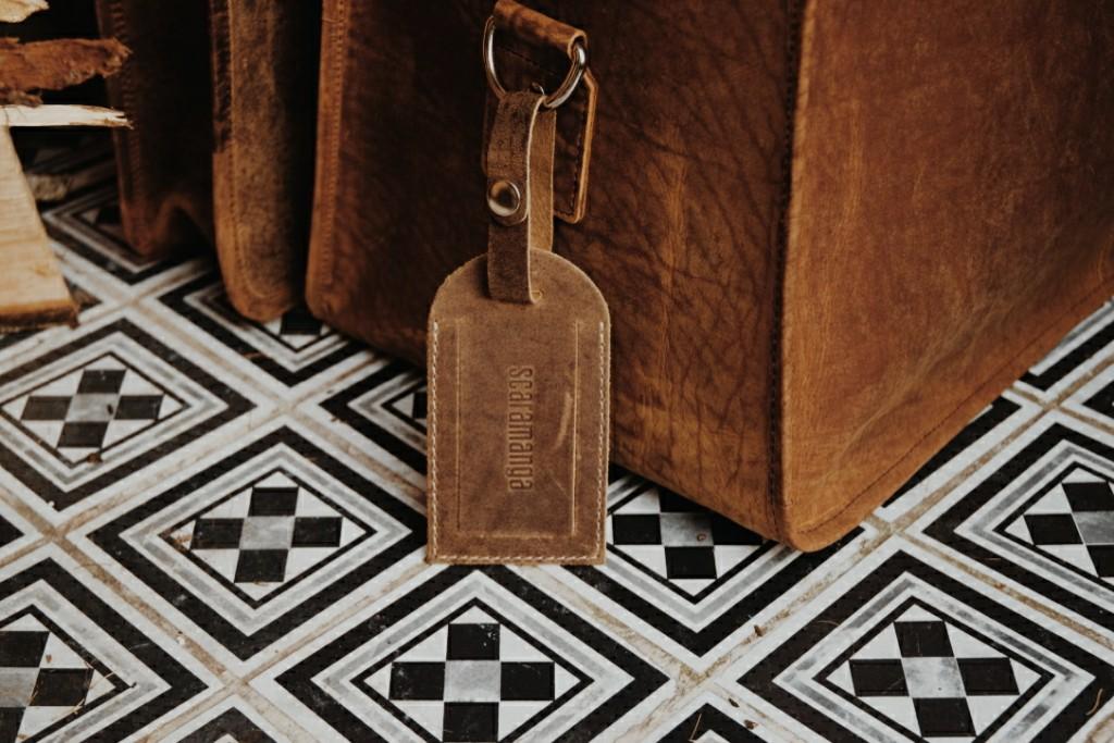 Scaramanga Leather Luggage Tag