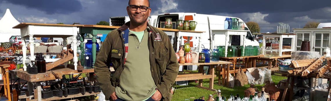 Scaramanga's Guide To Buying At Antique and Vintage Shows And Fairs