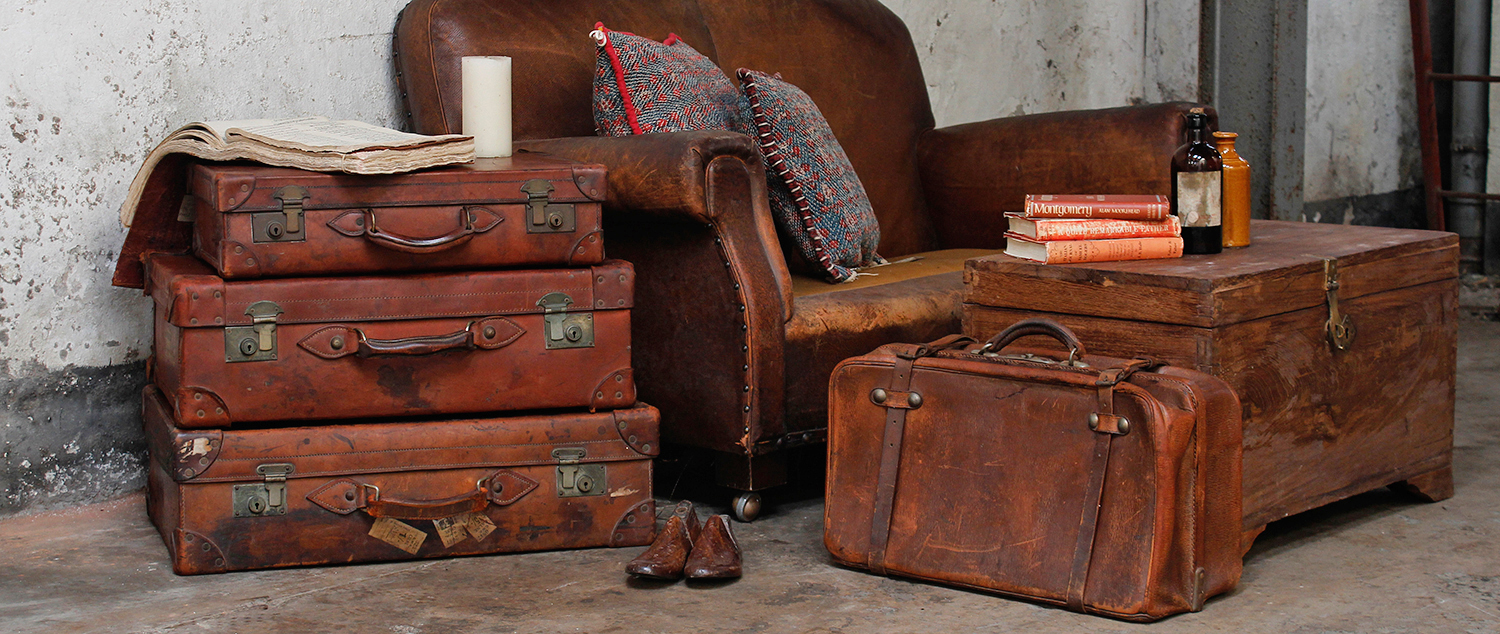 30e1f8d74 Looking After Vintage And Antique Trunks And Suitcases » Scaramanga