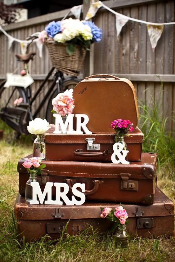 Vintage Wedding Inspiration by Scaramanga