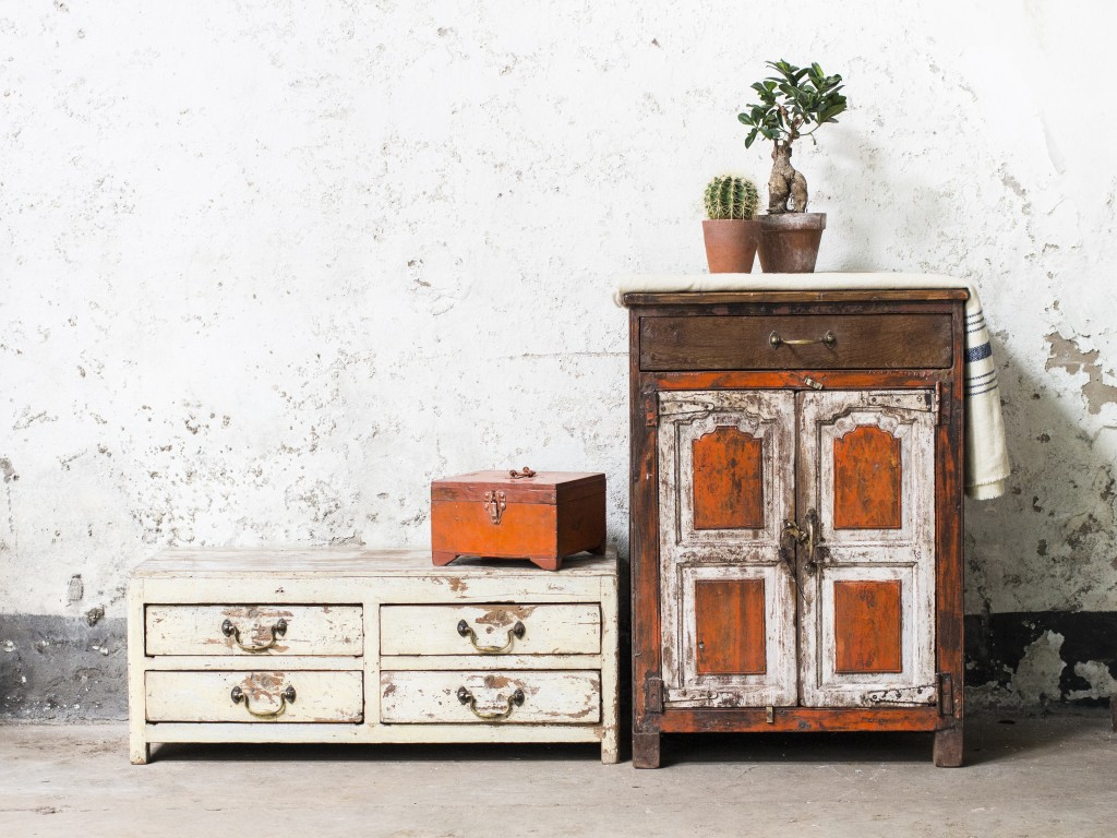 shabby chic style vintage furntiure