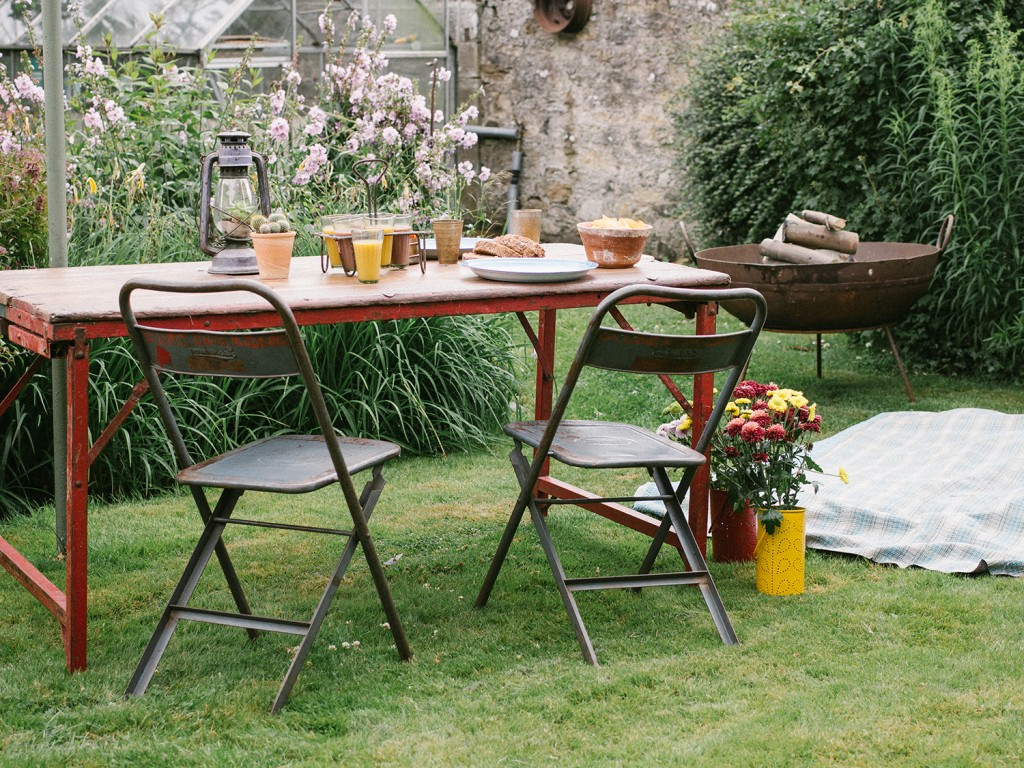 Outdoor furniture vintage furniture scaramanga for Outdoor furniture vintage