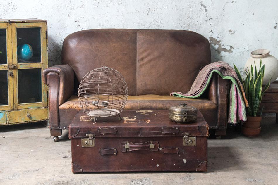 vintage suitcase scaramanga
