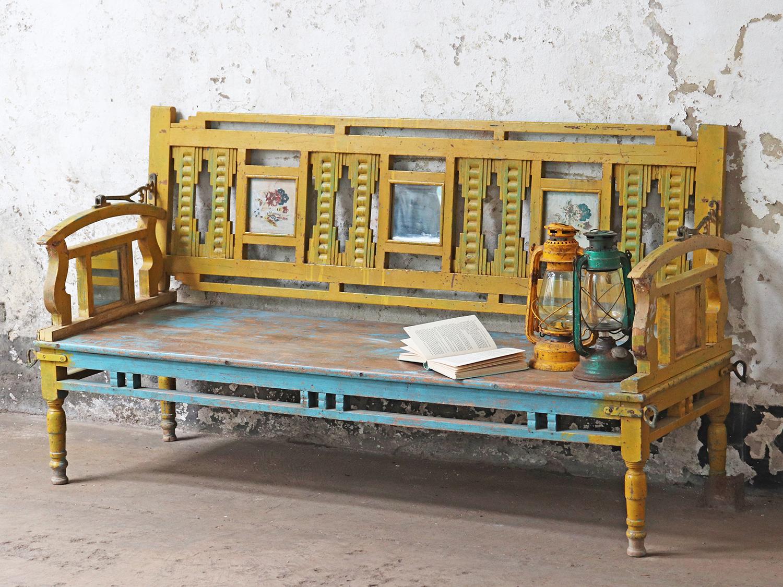 Gorgeous vintage bench | garden furniture
