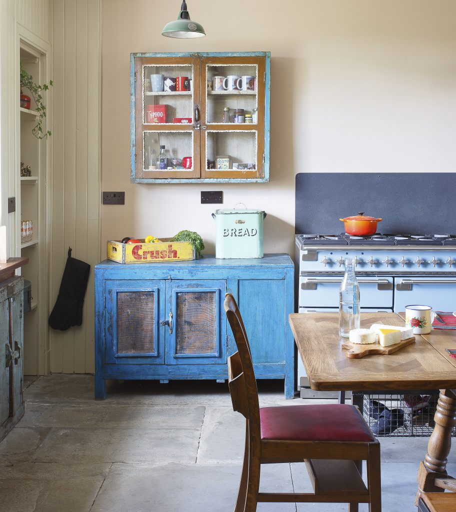 Vintage kitchen cupboards and cabinets