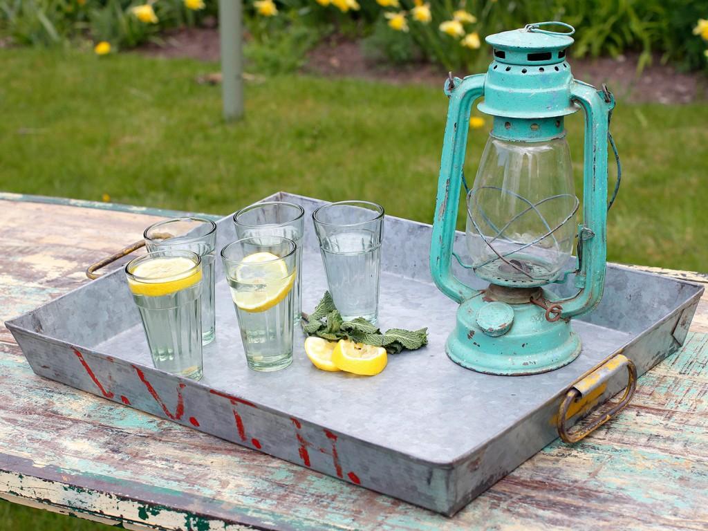 summer serving tray