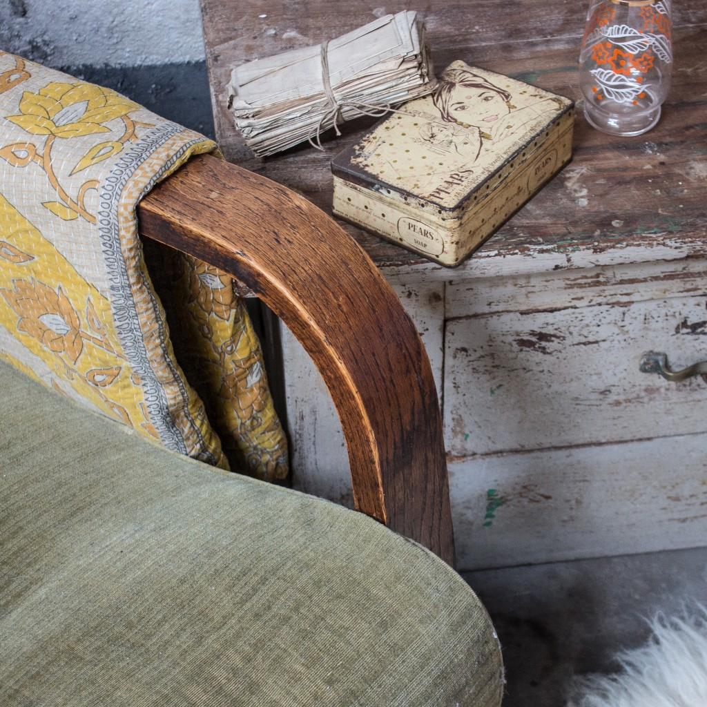 vintage tins and kantha quilts
