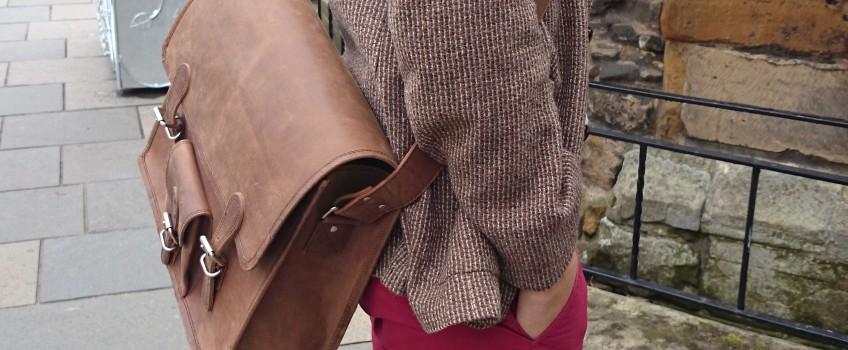 Men's Vintage Leather Bags Define Smart Casual