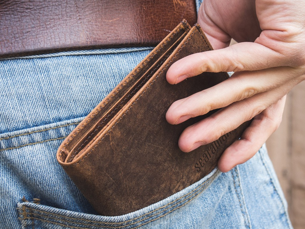 OLGS15025-mens-leather-wallet