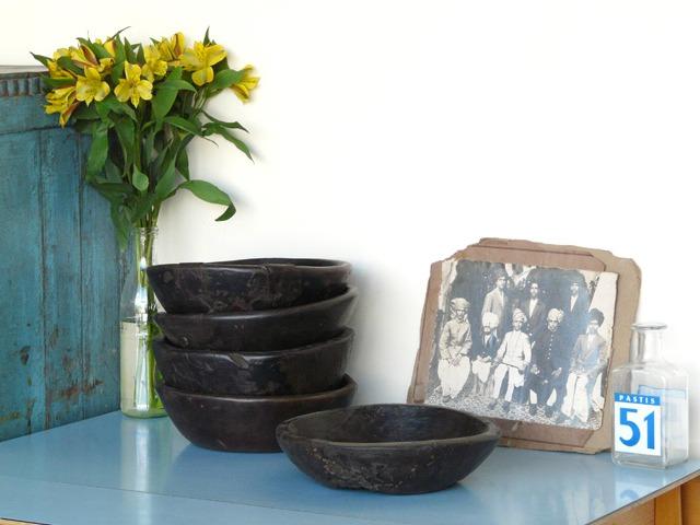 Medium Old Wooden Bowl, £20
