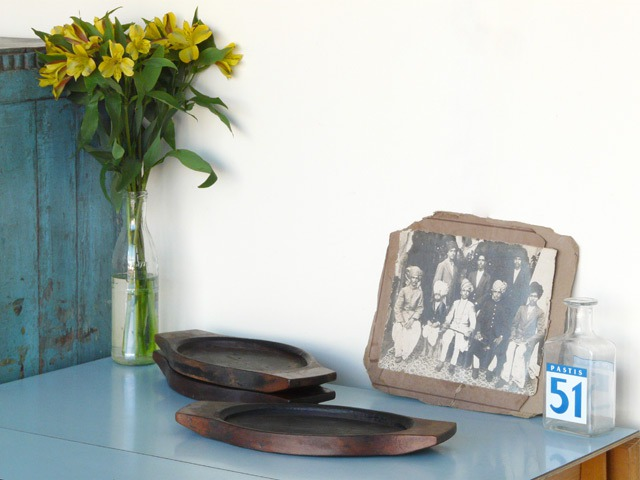 Flat Old Wooden Bowl, £15
