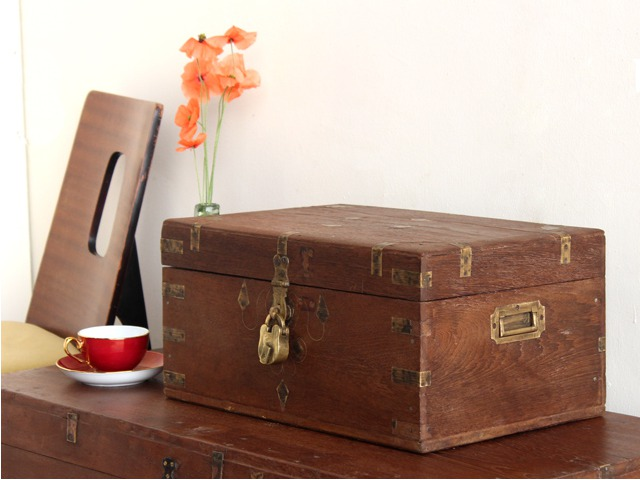 Old Jewellery Chest, £130