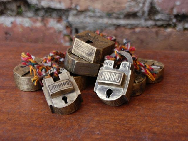 brass-padlocks-mini-3