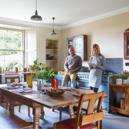 How to create and style a Vintage Kitchen