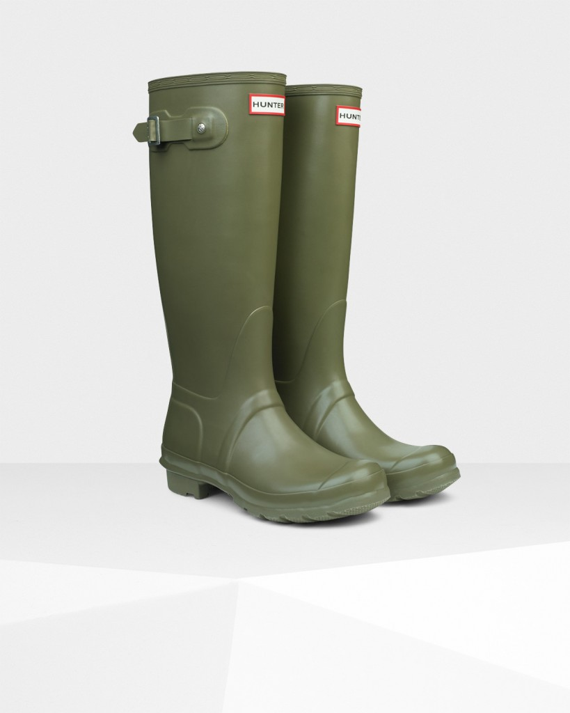 Hunter Wellington Boots in 'Olive' - £90 at www.hunterboots.com