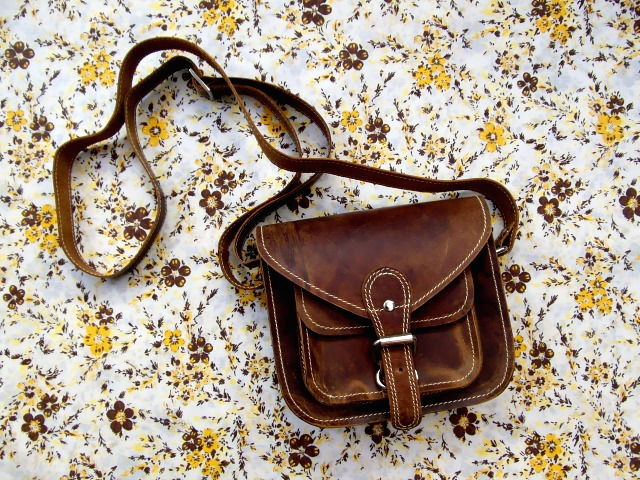 The 9 Inch Leather Saddle Bag, £42