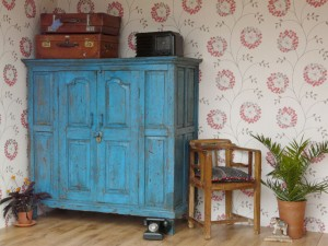 'Shabby Chic' Large Blue Vintage Indian Cupboard