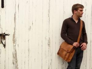 Scaramanga Large Wide Leather Satchel