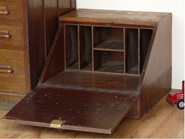 Hardwood Wooden Merchants Organiser, £175
