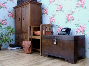 Another of Scaramanga's Old Vintage Cupboards