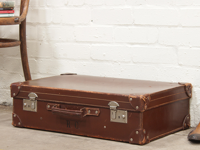 Old Brown Suitcase - Vintage Suitcases - Scaramanga