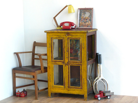 Old Cabinet 842