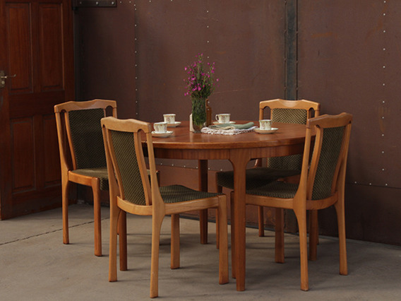View our  Retro Dining Table by McIntosh and 4 chairs TCBS40123 from the   collection