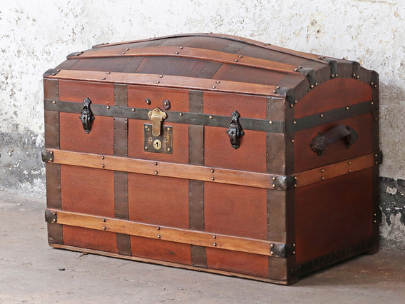 Nice Large Antique Old Fashioned Blue Cabin Trunk Edwardian (1901-1910) Boxes/chests