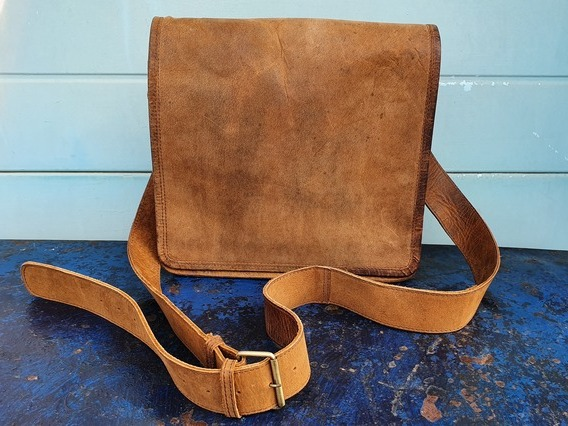 View our  SECONDS Ipad Messenger Bag 11 Inch  from the  Sold collection