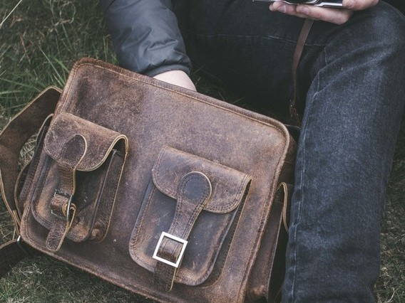 View our Men Large Leather Vintage Flight Bag from the Men Leather Weekender Bags collection