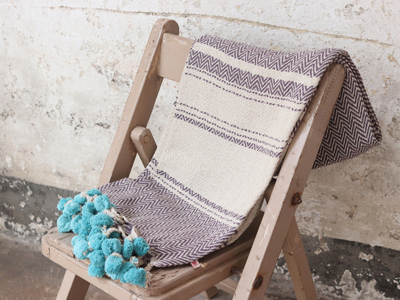 Lilac Cotton Throw with Pompoms