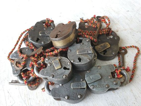 Mini Old Iron Padlock