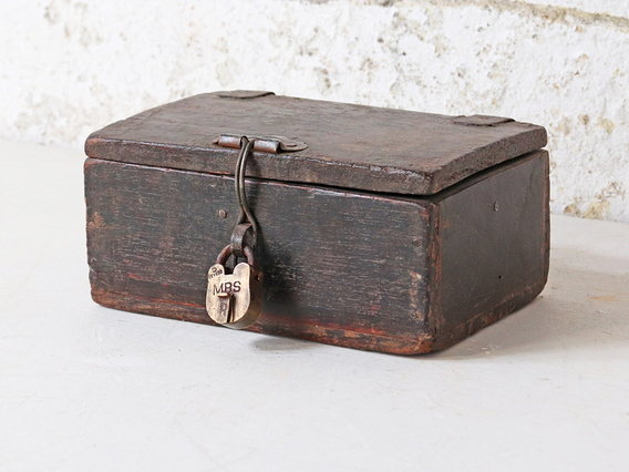 View our  Rustic Box from the   collection