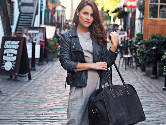 View our Women Black Large Vintage Leather Travel Holdall Bag from the Women Sold collection