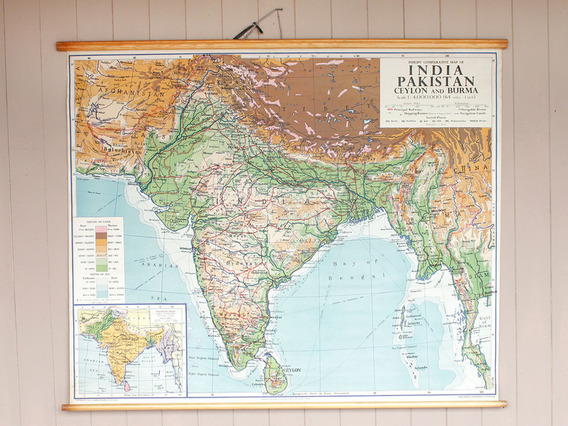 Vintage Canvas Wall Map of India
