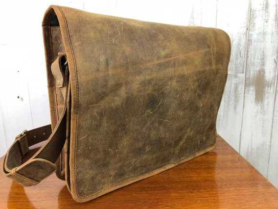 SECONDS Messenger Bag Medium 15 Inch
