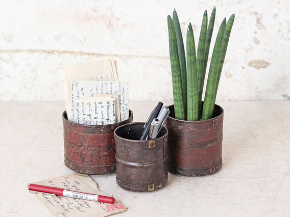 Vintage Style Metal Pots Set of 3